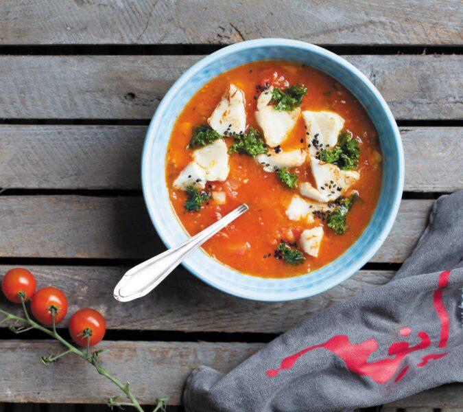 Zupa pomidorowa z dorszem, imbirem i nutą cytryny